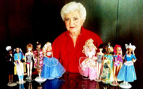 Photo de la créatrice de la poupée Barbie Ruth Handler